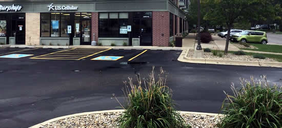 Wisconsin Sealcoating Asphalt Driveways and Parking Lots
